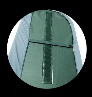 Drap housse baectériostatique avec ouverture pour le passage des harnais