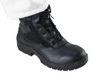 Chaussure pour ambulancier de confection robuste et confortable idéale pour les professionnels du premier secours.