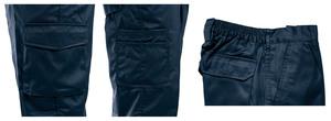 La taille élastiquée sur l'arrière du pantalon apporte plus de confort pour l'ambulancier.