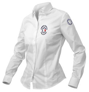 Les ambulancières apprécient le confort de cette chemise coupe femme.